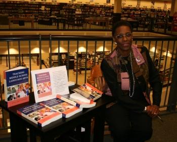 Anna at BarnesNoble Book Signing.jpg